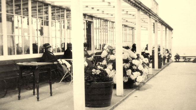Floral Hall Outside Seating